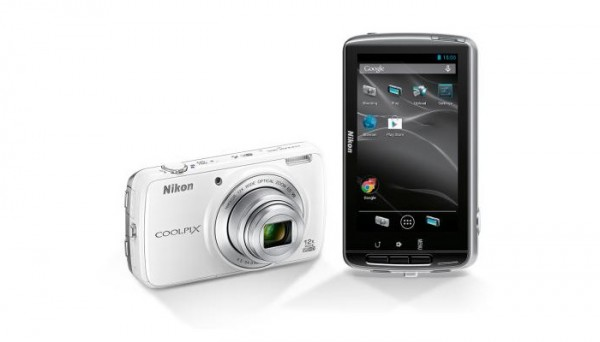 Android-камера Nikon Coolpix S810c