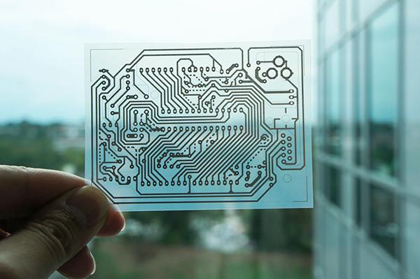 Microsoft использует токопроводящие чернила для струйной печати печатных плат на домашнем принтере