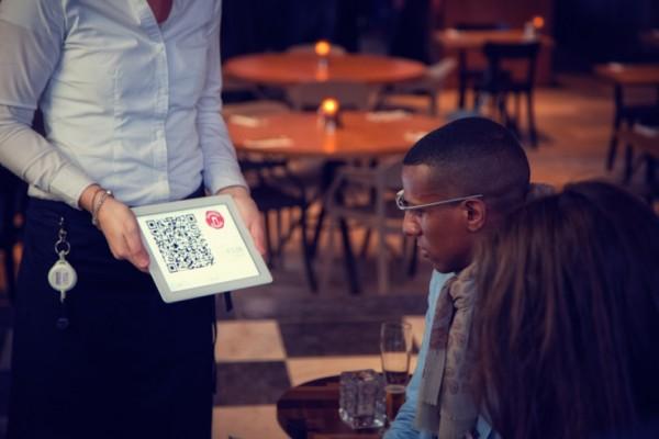Голландский стартап предлагает платить биткоинами кивком