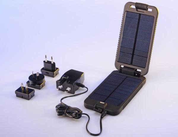 Зарядное устройство Solarmonkey Adventurer от компании Powertraveller