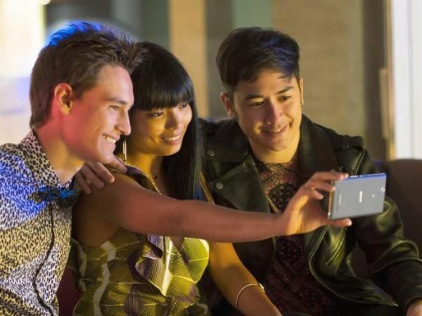 Xperia C3 — смартфон от Sony для любителей селфи