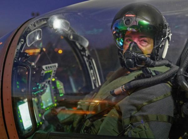 Летчики-истребители получили шлем с поддержкой ночного видения