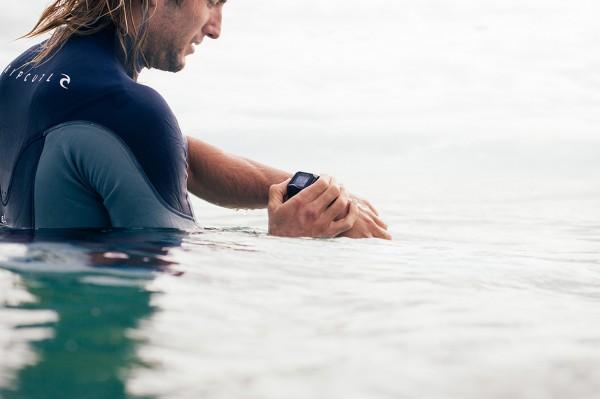 Представлены умные часы для серфинга