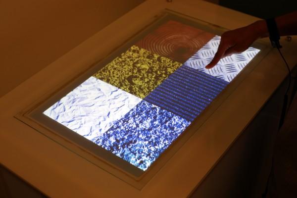 Сенсорные экраны станут тактильными с помощью Microsoft