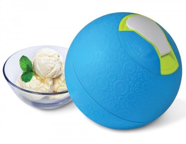 Kickball Ice Cream Maker делает мороженое, пока вы играете в мяч