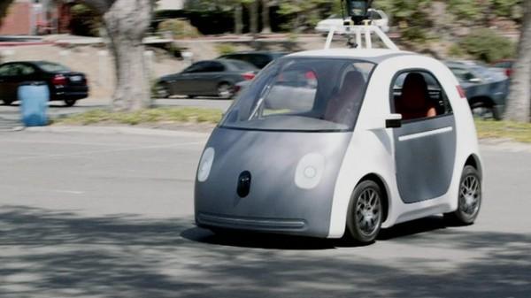 В самоуправляемые авто Google вернут рулевое колесо