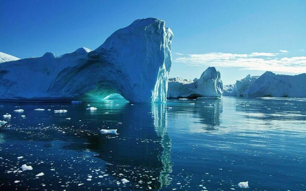 В результате таяния ледников может отколоться айсберг рекордной величины