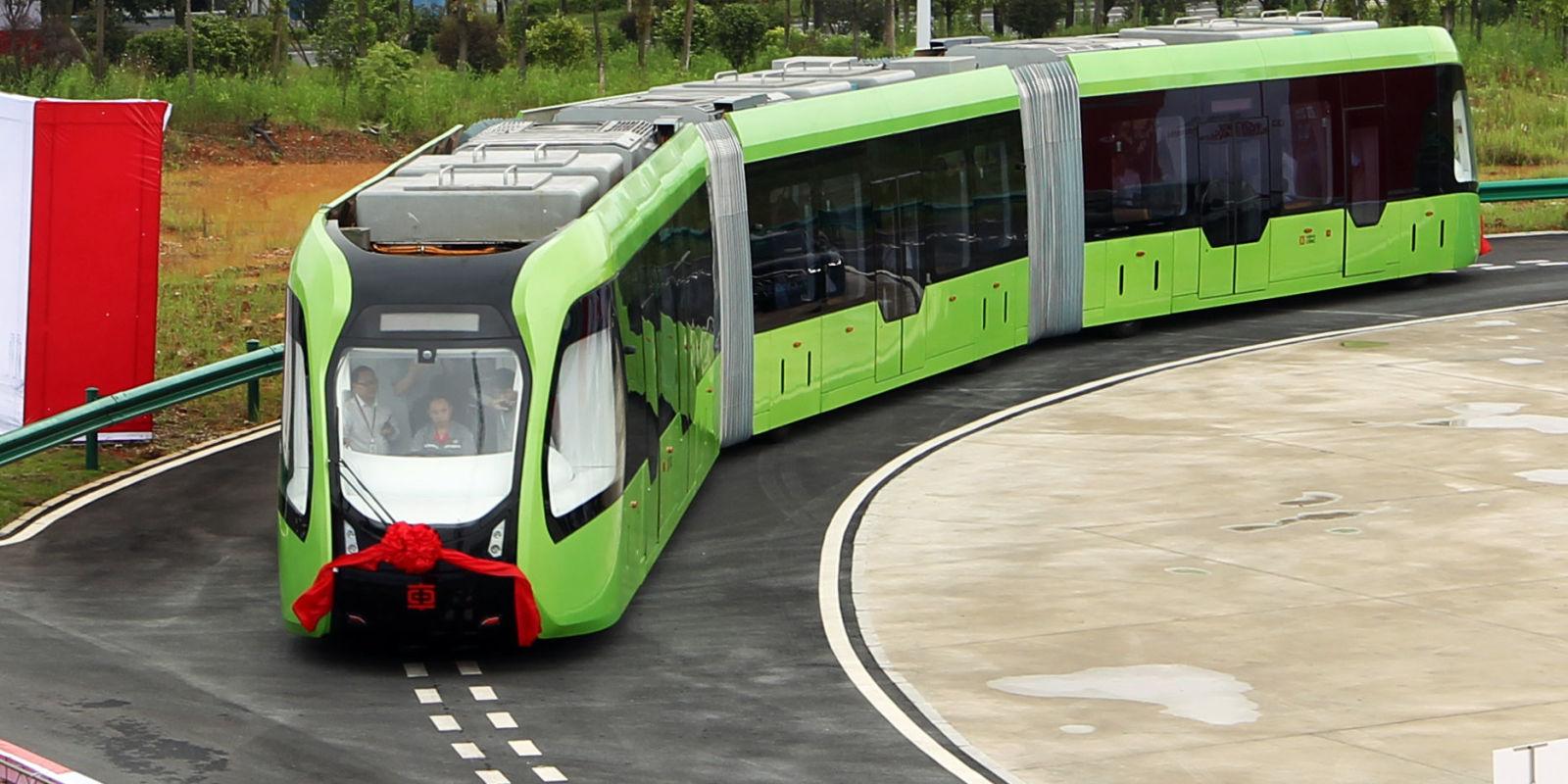 В Китае разработали беспилотный поезд, который будет ездить по нарисованным рельсам