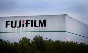 Из-за бухгалтерской проверки Fujifilm потеряла $340 млн