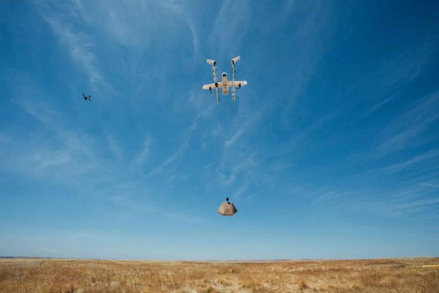 Google успешно протестировал систему управления несколькими дронами в воздухе