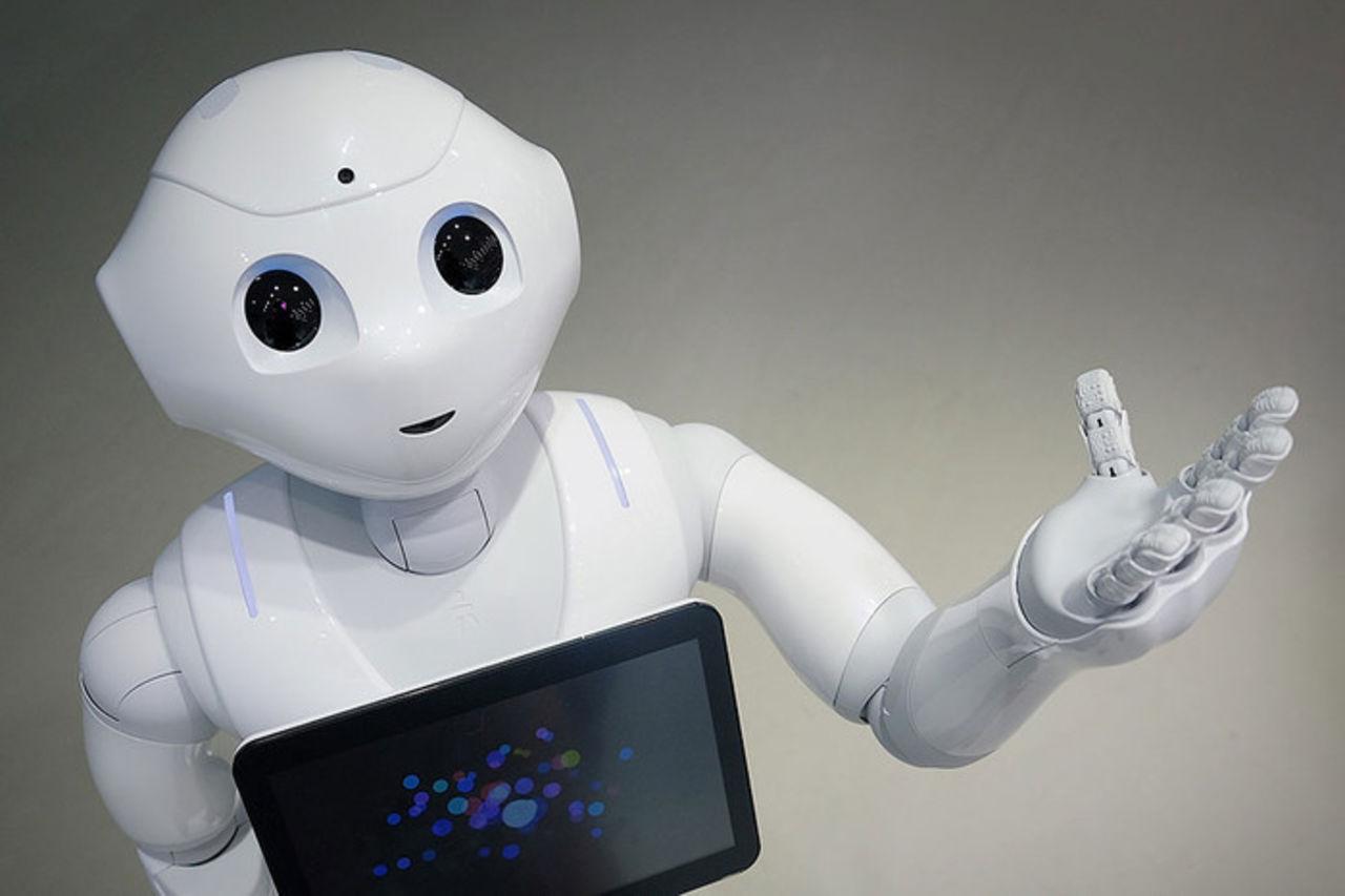 Китайский робот успешно сдал математику для поступления в вуз