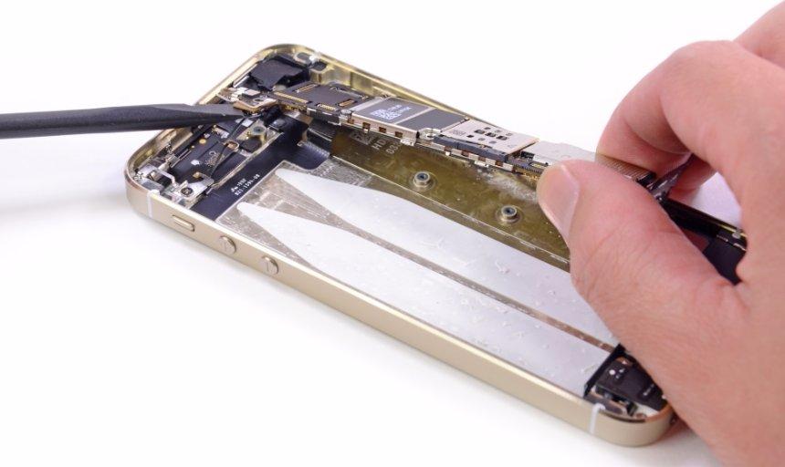 Замена корпуса на iPhone: снова презентабельный вид смартфона