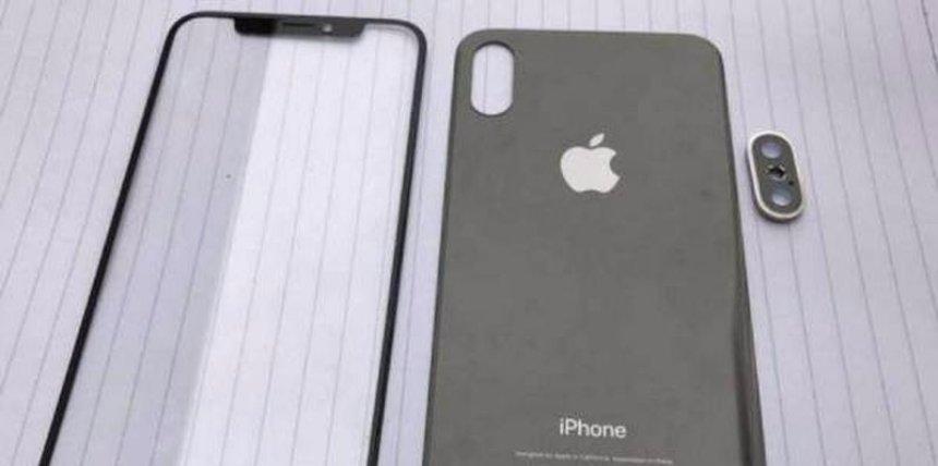 В сеть попали первые снимки нового iPhone 8