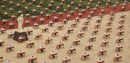 Робота из Китая отправят учиться в образовательное учреждение