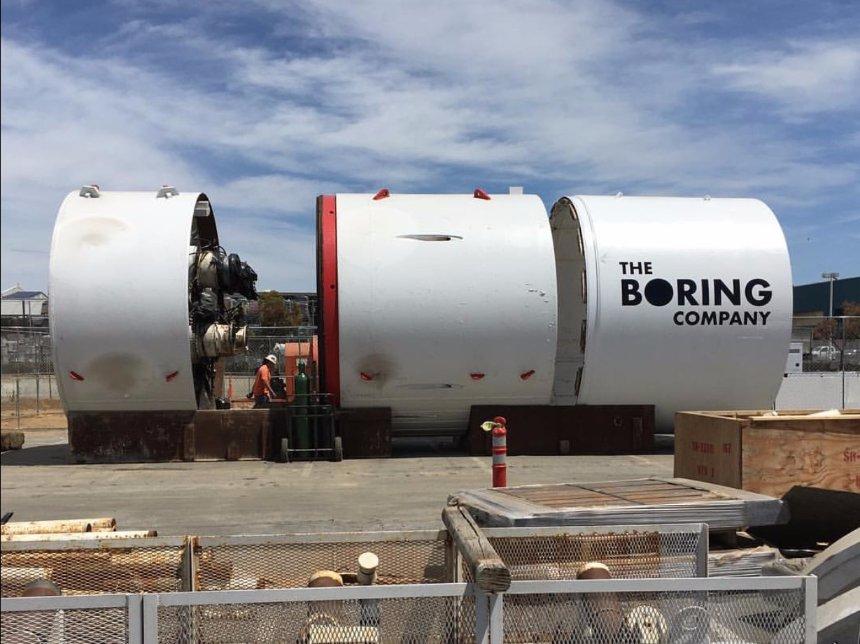 Начато строительство туннеля под Лос-Анджелесом, - Илон Маск