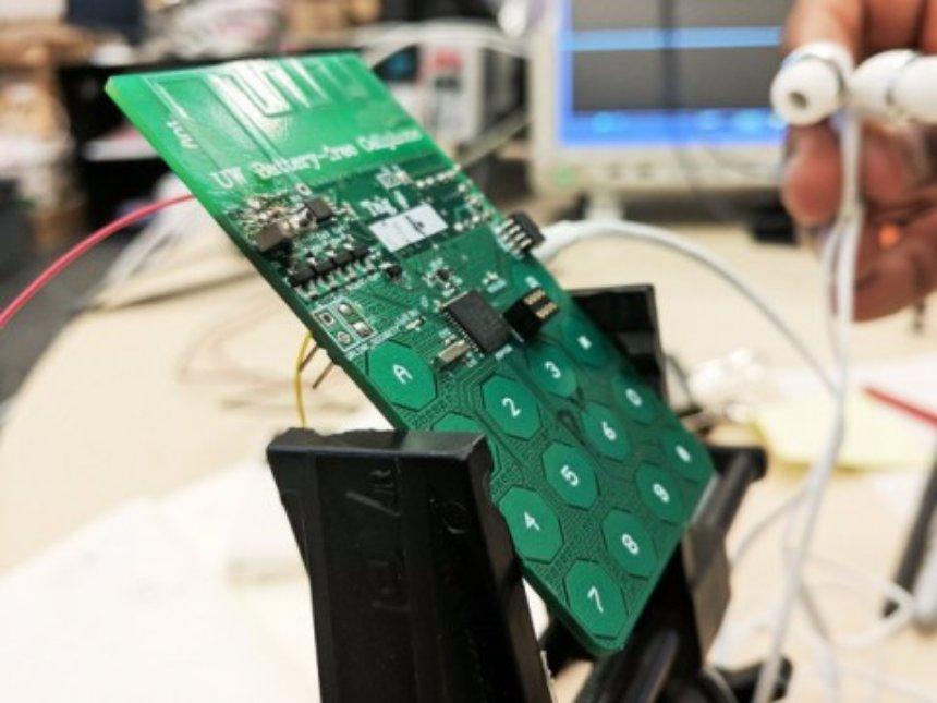 Создан прототип смартфона, работающего без аккумулятора