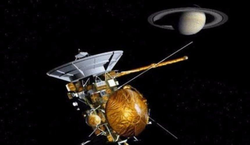 В НАСА обнародовали самые основные и важные снимки, сделанные аппаратом Cassini