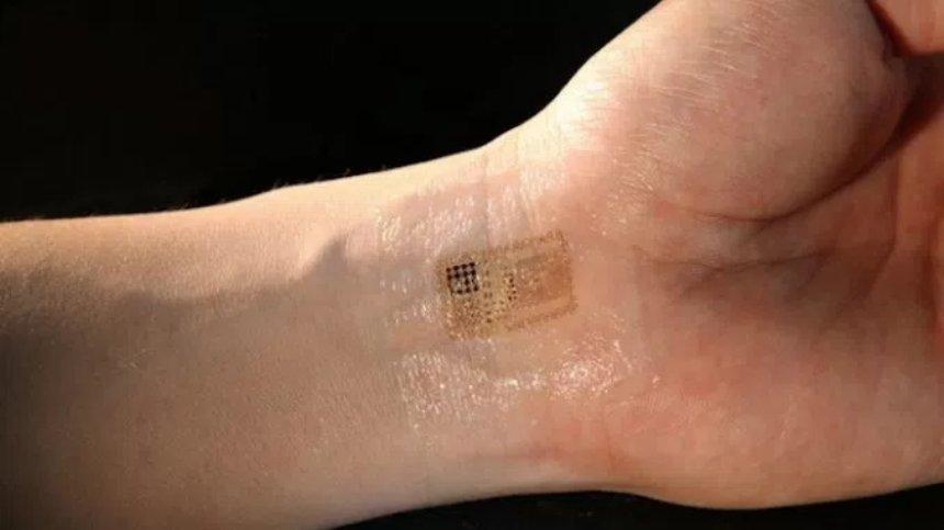 Американская компания имплантирует работникам чипы для передачи данных