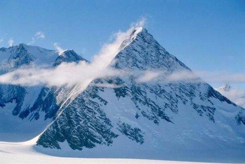 Ученые считают, что на Антарктиде нет никаких загадочных пирамид