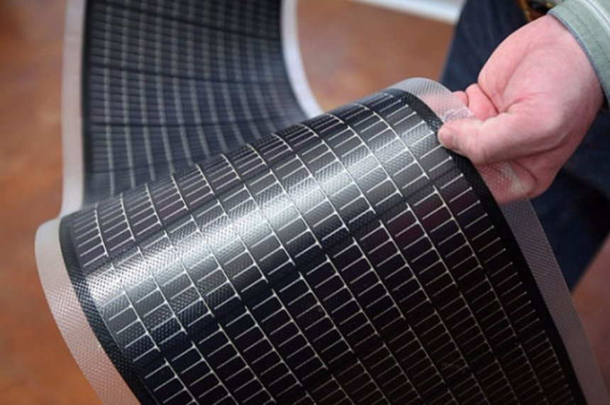 Ученые создали солнечные панели, которые одновременно и гибкие, и совершенно прозрачные