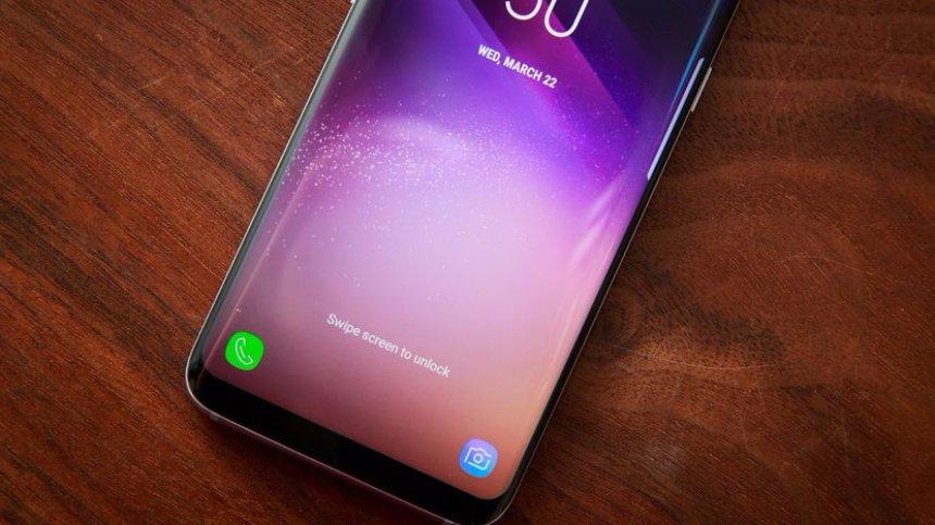 Топ-3 смартфонов года с мощными батареями на Android