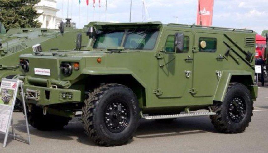 Белорусы создали новый 6-колесный бронеавтомобиль