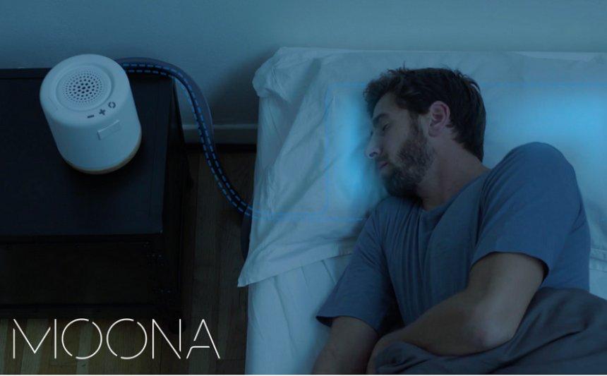 Создана подушка, подстраивающаяся под сон человека