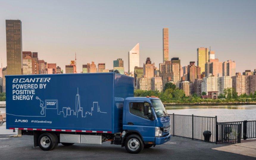 Mercedes представила новый электрический грузовик