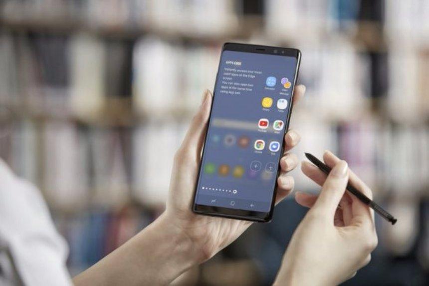 Samsung Note8 побил рекорд по предзаказам в США