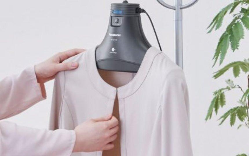 Компания Panasonic создала умную вешалку для одежды