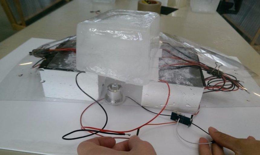 Была разработана лампа, которая успешно работает от энергии льда