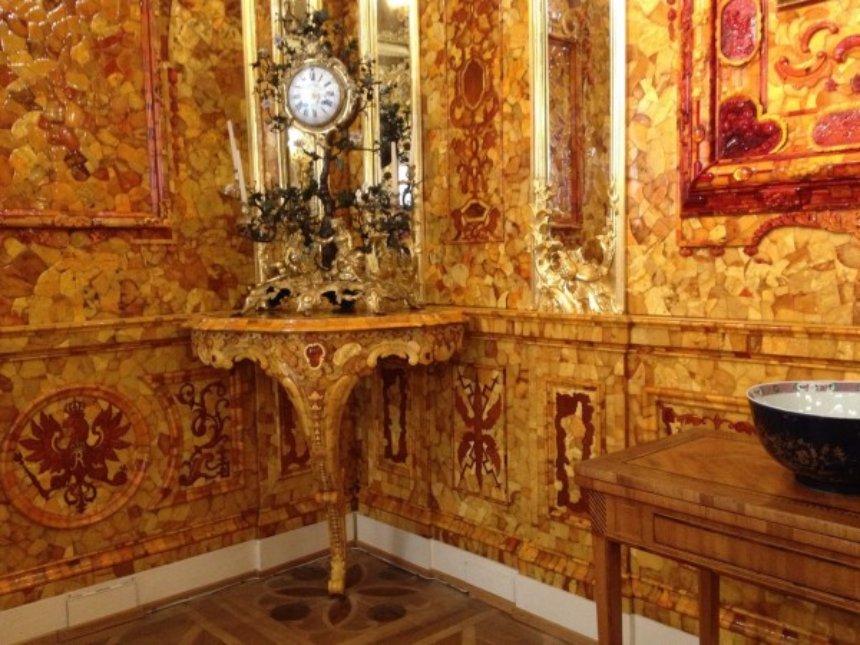 Найдена еще одна Янтарная комната