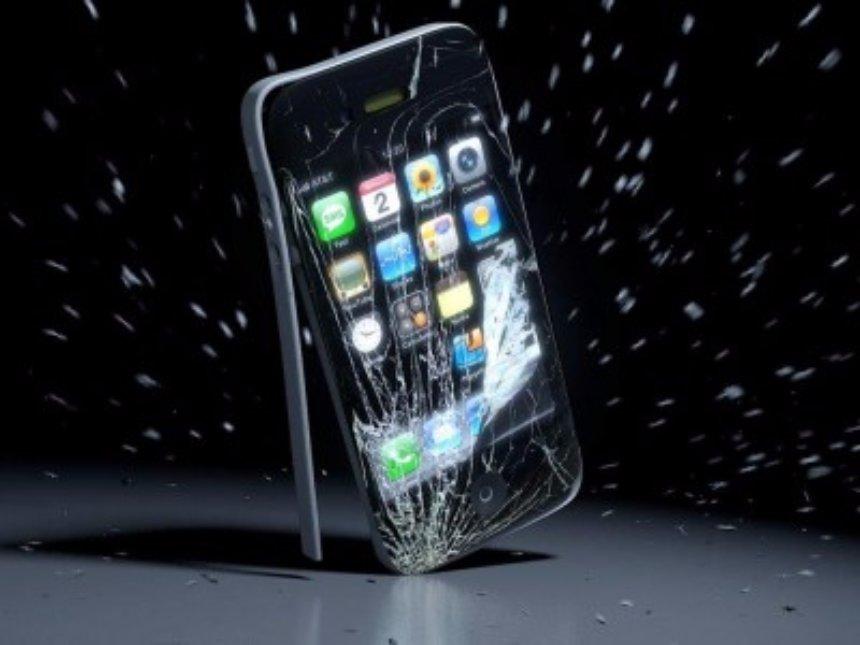 Apple заблокирует устройства с поддельными дисплеями