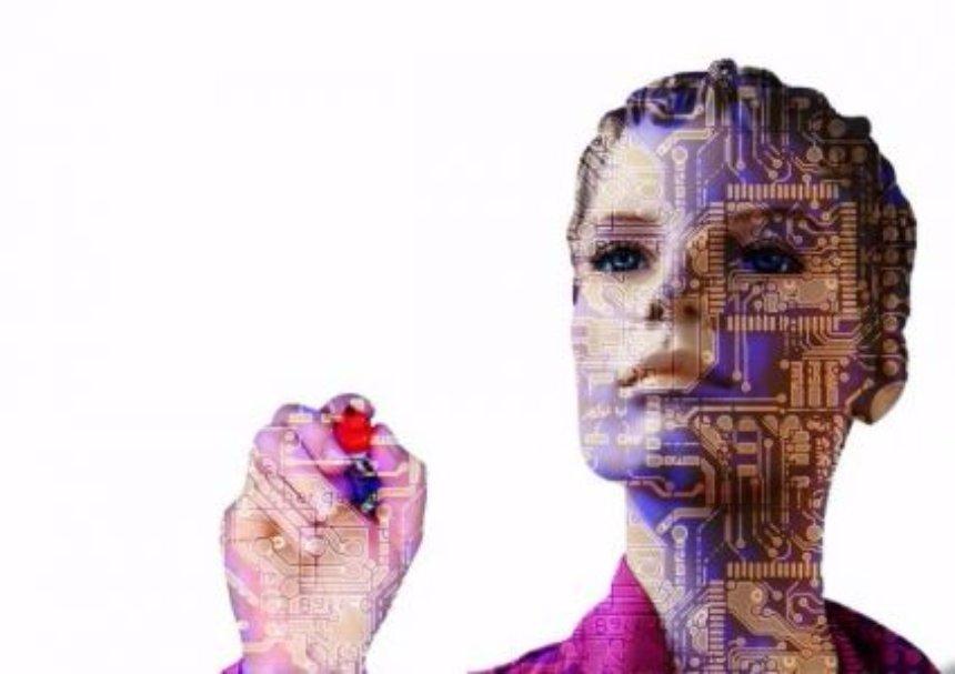 Соучредитель Apple рассказал о возможном восстании роботов