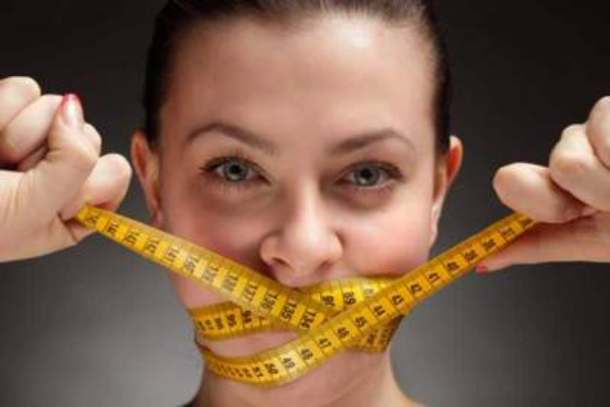 Названа  диета для продления жизни женщины