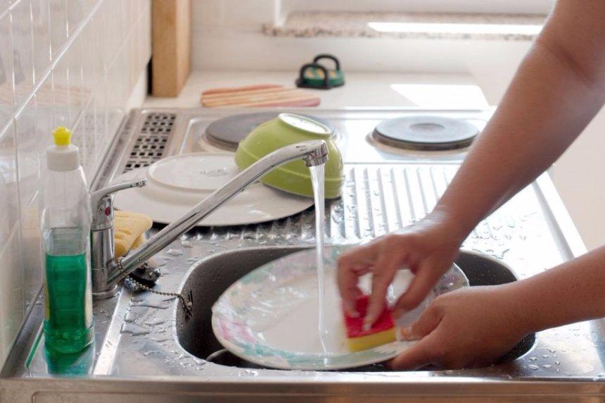 Мытье посуды оказывает влияние на здоровье