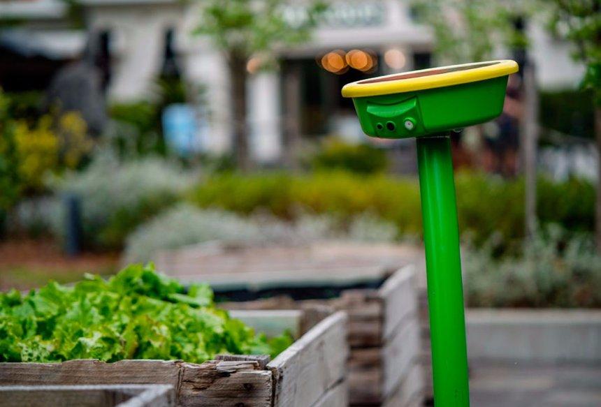Создан робот-лейка, который ухаживает за садом