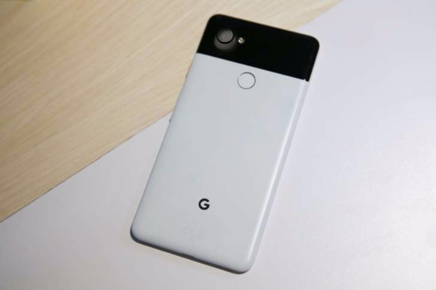 Google Pixel 2: пять причин, по которым он превосходит iPhone X и Samsung Galaxy S8
