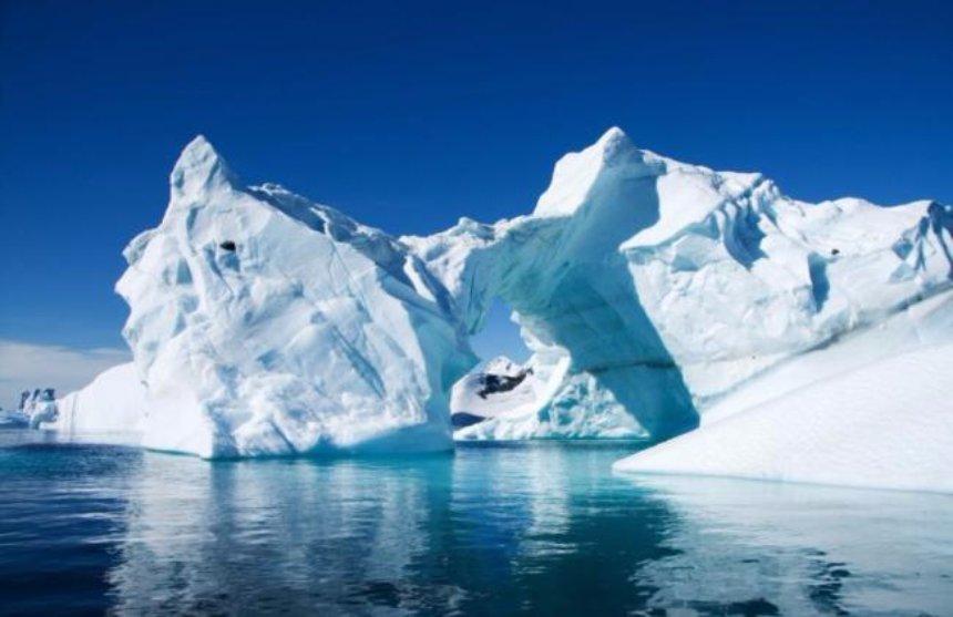 Ученые рассказали, почему над Антарктидой сократилась озоновая дыра