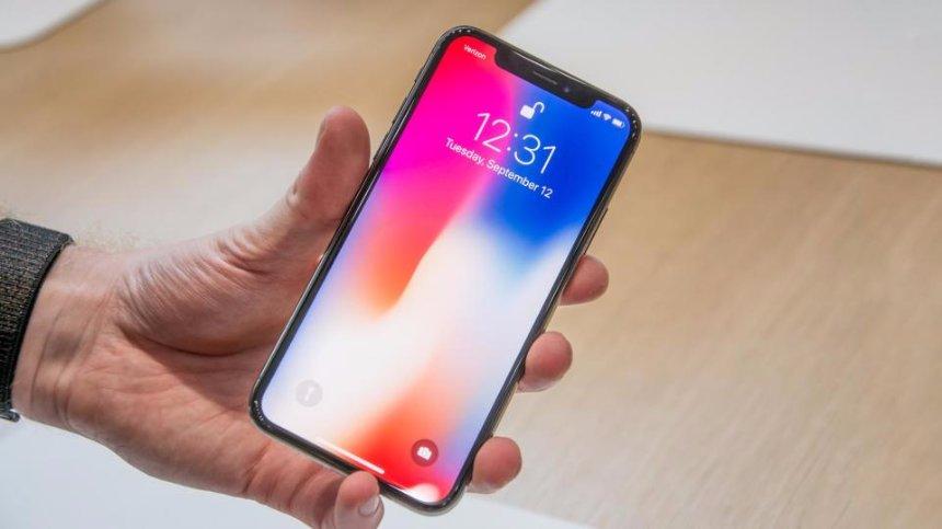 В Apple предупредили, что дисплей IPhone X может выгореть