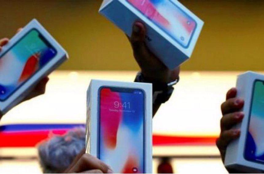 Первые фото разбитых  iPhone X попали в Сеть