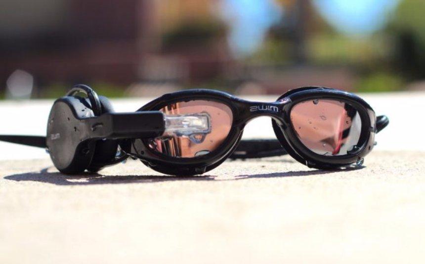 Созданы очки дополнительной реальности для тех, кто любит плавать