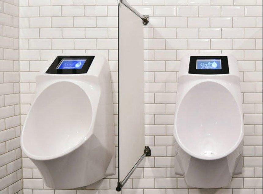Голландская компания собирается оснастить туалеты умными гаджетами, транслирующими рекламу