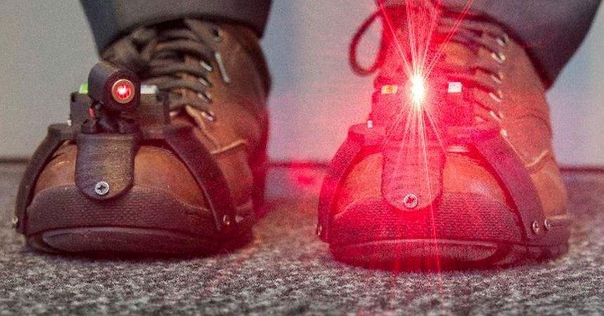 Люди с болезнью Паркинсона смогут воспользоваться специальной обувью