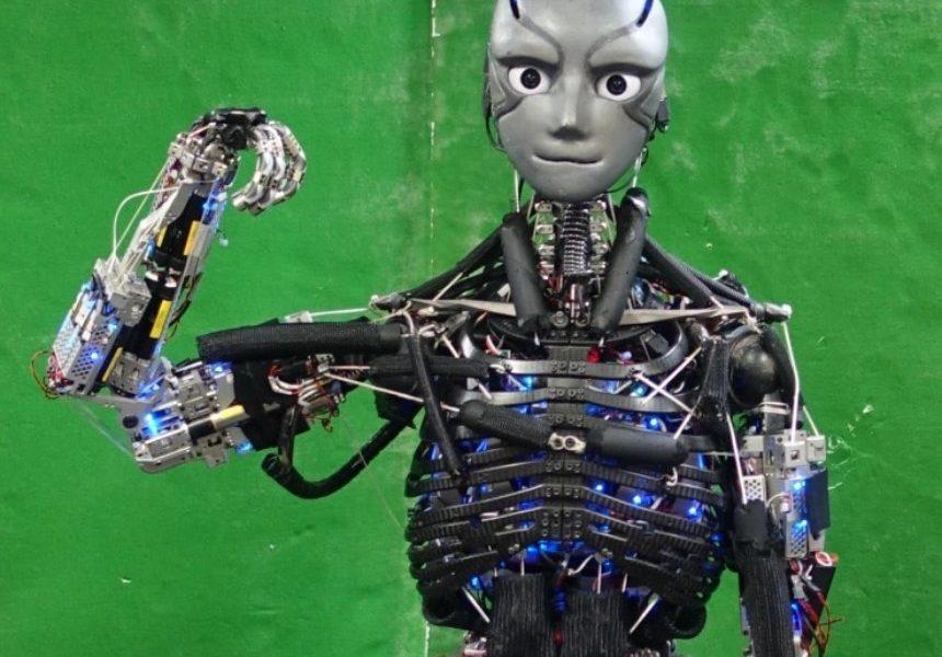 ВТокио обучили робота заниматься спортом ивыделять пот