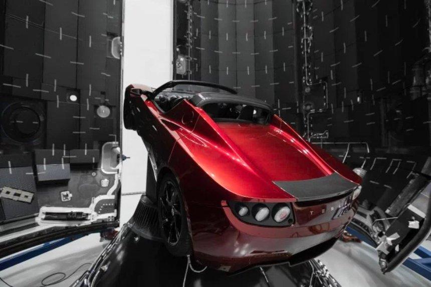 Илон Маск действительно запустит родстер Tesla на первой ракете Falcon Heavy