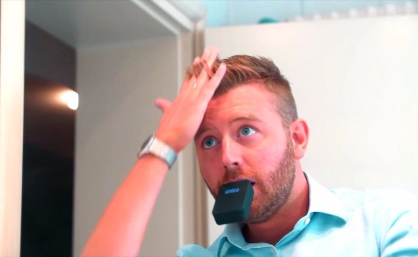 Изобретено устройство для моментальной чистки зубов