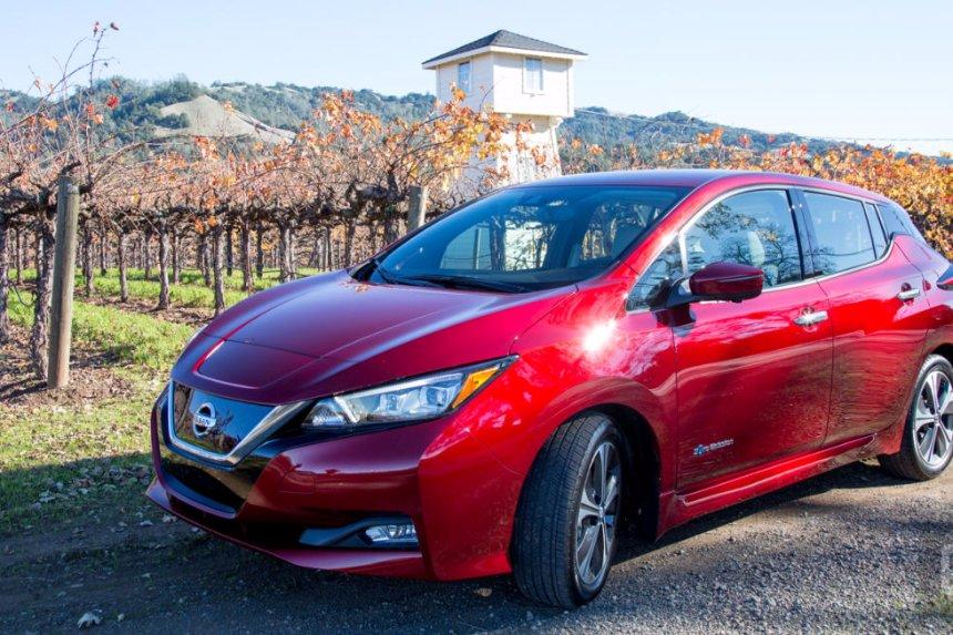 2018 Nissan Leaf станет полуавтономным
