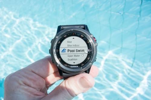 Выбираем часы для плавания