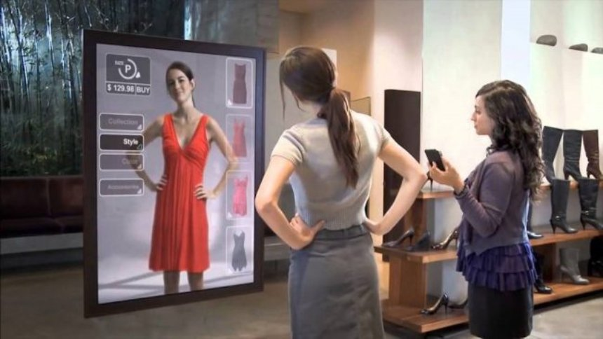 Amazon предлагает подбирать одежду с помощью зеркала дополнительной реальности